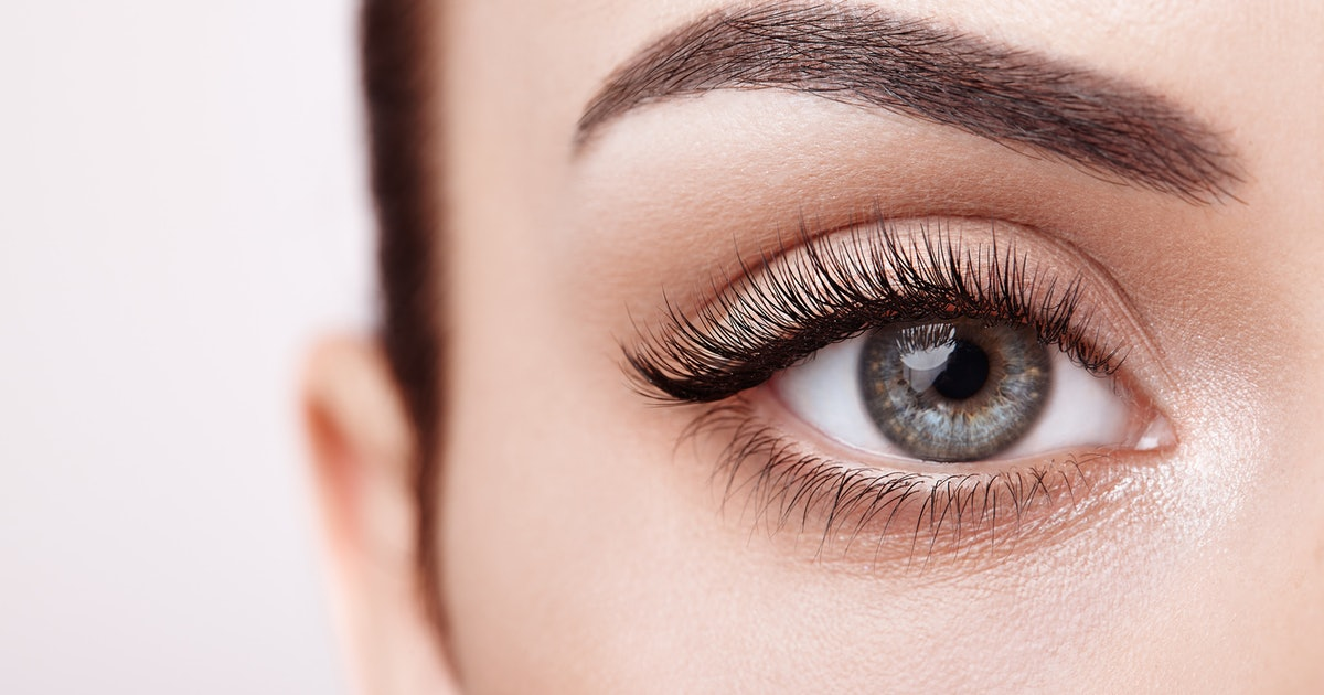 8cd9bde2-a8af-4922-9ec6-dc14f14598b4-how-to-grow-your-eyelashes-longer